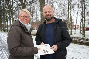 Tomas och Malin Yngström har tillsammans dragit i gång ett projekt som passande nog kallas för  Vägvisaren. De ska bland annat ta fram kartor och kompass för personer med synnedsättning och lära dem att orientera i stads- och parkmiljö.