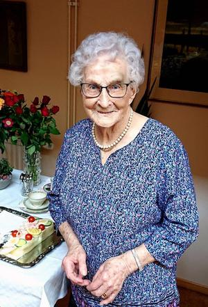 Agnes Boström i Älandsbro har fyllt 107 år.