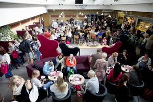 Lärarutbildningen som försvann från staden med Mittuniversitetet har anor från 1800-talet i Härnösand och Säbrå.