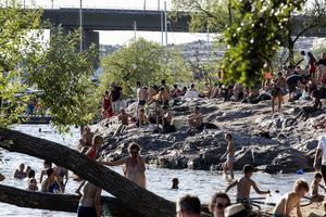 Badväder på Södermalm i Stockholm i juli 2010. Arkivbild.