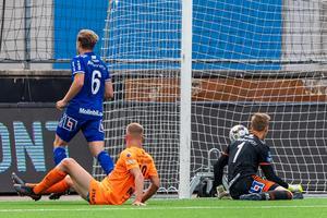 Så fort det kommer en match mot AFC Eskilstuna går allting utför för Giffarna, tycker insändarskribenten.