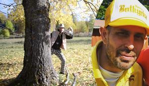 Dogge Doggelito rappar på, och är med i musikvideon till, Bengt Kyllinges låt