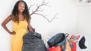 Lena åker till Uganda i juli. Med sig kommer hon att ha både kläder och leksaker till barnen som hon samlat in.