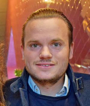 Robin Sjöblom är VD för Trägår'n Bar & Grill i Falun och har även startat upp uteserveringar i Rättvik och Leksand.