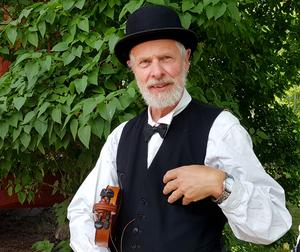 Folkmusikern Rolf Siwertz.