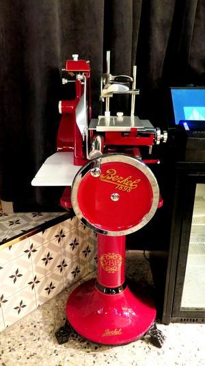 Denna replika av en Belker-kött-skärmaskin kommer användas så gästerna kan se processen i realtid