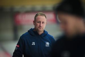 Johan Sixtensson är allt annat nöjd med det försvarsspel som hans Villa visat upp så här långt under World cup.