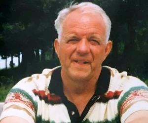 Sture Bäckman har avlidit.