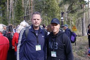 Våra reportrar Mikael Stenkvist och Magnus Westberg följer kronprinsessan Victorias vandring i Hälleskogsbrännan.