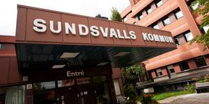 Sundsvalls kommun är ansvariga för bortplockning av skräp i allmänheten där kommunen äger marken.