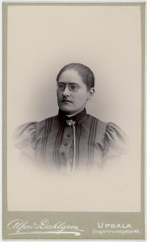 Lydia Wahlström 30 år gammal 1899. Foto: Alfred Dahlgren