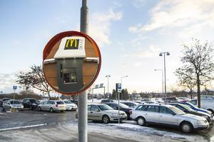 Den första februari i år stod det klart att McDonald's skulle etablera sig på stadshusparkeringen i Bollnäs.