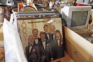 Gamla LP-skivor är en klassisk loppisgrej som fortfarande hittar sina köpare.