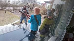 Fotografering och intervju i Enviken. Bild: Privat