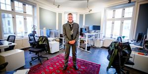 Kontorschef Niklas Hoffström i Sigma IT consultings nya lokaler på Nygatan.