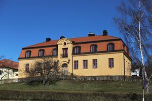 Låt Tingshuset bli mer än en utförsäljning av vår gemensamma historia, skriver Thea Bergström och Henning Larsson.