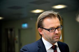 Kulturprofilens advokat Björn Hurtig bemöter anklagelserna mot sin klient. Arkivbild. Foto: Jessica Gow/TT
