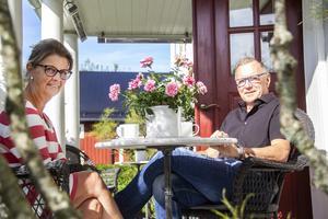 Eva och Anders Eklund är mycket nöjda med den första sommaren med evenemang på Berga Brystuga.