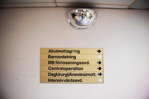 BB-skylten hänger kvar.  Men det är snart ett år sedan förlossningsavdelningen lades ner.