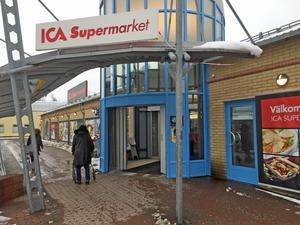 Ica supermarket Viksäng.