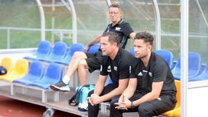 Mattias Nylund, till höger, är huvudtränare i SDFF.