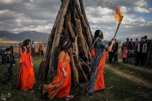 Iranska kurder firar  det iranska nyåret, Nouruz. Foto: Dana Azarian