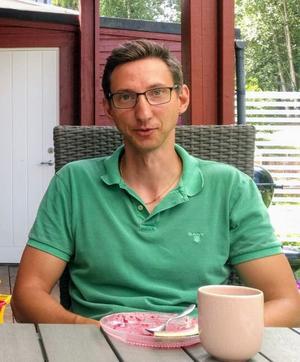 Kristofer Hallin, född och uppvuxen i Norberg, blev oktober månads vinnare.