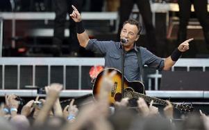 """VARMAST. Bruce Springsteens uthållighet och fortsatt ungdomliga skick. En """"gubbe"""" som fortfarande håller.Foto: Scanpix"""