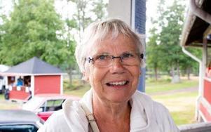 Agneta Björklund, 67 år, Grycksbo– Det är jätteroligt att det händer någonting i Grycksbo. Jag är glad för att vi får hit Boppers. Foto: Sofie Lind