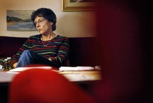 Karin Zidéns mamma hade allt mer hemtjänst på slutet. Hur är det för gamla vid livets slut som inte har någon anhörig hos sig, undrar Karin med tanke på att Attendo Care inte kunde hitta någon som satt vak. Foto: Johan Axelsson