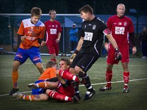 Det blev ett tätt derby när Bollnäs–Arbrå möttes på Solrosens konstgräs. Bollnäs vann med 4–1 och tog sin sjätte raka seger i fyran.
