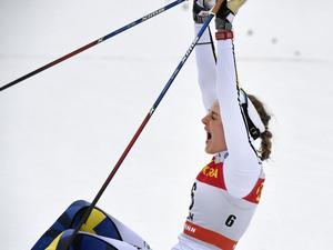 Stina Nilsson efter en av årets sprintsegrar.