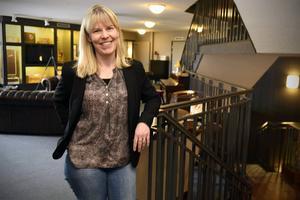 Ing-Marie Bergman berättar att annonsvärdet i all medierapporteringen som cirkulerat kring Älvdalen det senaste året når upp till 700 miljoner kronor.