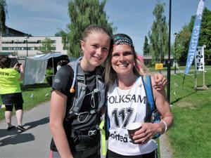 Frida och Mia Karlsson, dotter och mor.