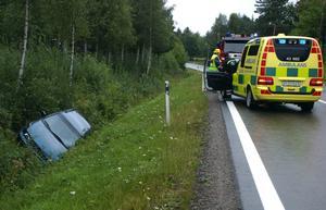 En singelolycka inträffade i Skamhed längs riksväg 71 vid 15.40-tiden på onsdagseftermiddagen. Foto:Göran Danielson