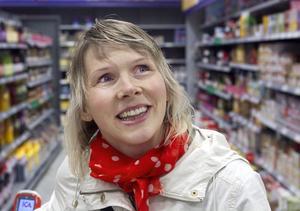 Maria Nyström, Hudiksvall.–Nej, det gör jag inte. Jag handlar som vanligt.