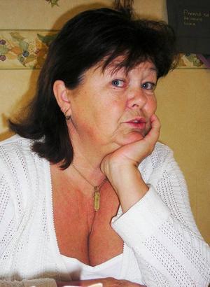 Yvonne Olofsson är ordförande i föreningen Hjärnkraft i länet och hon tror att många fler hjärnskadade än hennes dotter Cecilia drabbas hårt av det byråkratiska maskineriet.
