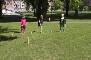 Kubbspel i parken avslutade dagen.