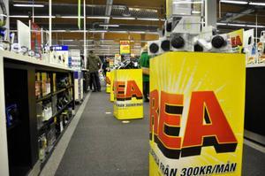 Mellandagsrean lockar många länsbor till butikerna i jakten på de rätta fynden.