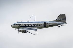 DC-3:an