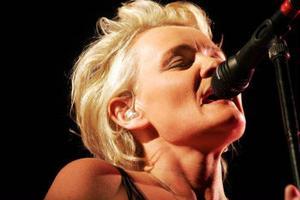 De gamla låtarna är fortfarande bäst. Eva Dahlgren har hittat tillbaka till sitt huvudspår och ST:s recensent hoppas att hon stannar där.