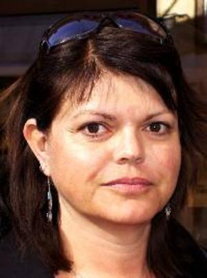 Lena Emilsson, 48 år, Strömsund:– Nej, jag ska vara ute i stugan. Och så ska jag vara barnvakt åt mitt barnbarn Celine, så jag hoppar över majbrasorna.