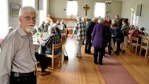 """Välbesökt. """"Som mest har vi varit 50 personer på en dagledigträff. I dag är vi 45"""", säger Kjell Eliasson."""