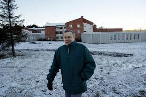 Anders Runebjörk vid rättpsykiatriska regionkliniken, ett uppdrag som han anser varit hans största utmaning som arkitekt. – Jag är ganska nöjd med hur det blev, säger han.