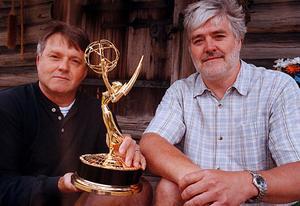 Bröderna Tommy och Bo Persson filmsaga skriver ännu ett kapitel på söndag kväll. Efter en gemensam skörd av tio-talet Emmys, Guldbagge, BAFTA-Award så kan Bo vinna en Oscar på söndag kväll.