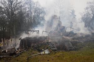 Gick upp i rök. Ramnäs IF:s klubbstuga brann ned natten den 15 december förra året. Polisen misstänker att branden var anlagd, men bevisen räcker inte. Nu läggs utredningen ned.