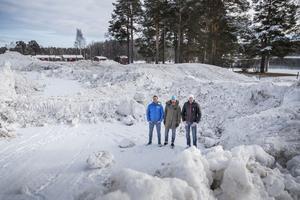 Banan börjar ta form. Erik Albinder, Niklas Ohlson chef på Destination Sveg och Mathias Wiberg från Backcountry Events, den senare är general för Snowmeet.