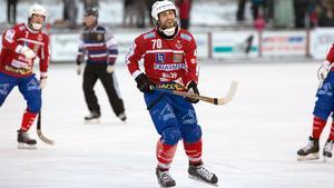 Petter Andersson var den ensam om att göra mål på hörna mot Köping.