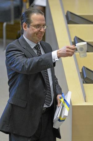 Nöjd finansminister. Anders Borg tycker att läget har stabiliserats och att Sverige klarar sig bättre än andra länder. Därför anser regeringen att det inte behövs många nya åtgärder i vårpropositionen.foto: scanpix