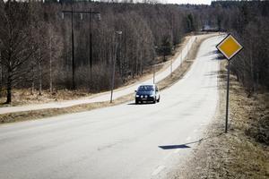 Knutsboleden får troligen höjd hastighetsgräns till 60. Frågan är om kommunala trafikutskottet godtar polisens förslag om en längre 60-sträcka.